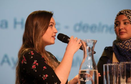 Amina Hedzic en Ebru Aydin